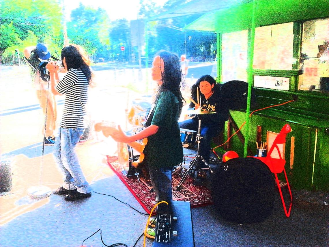 Kids rock band